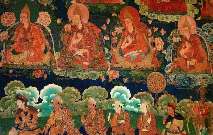 Murals depicting Buddhist figures